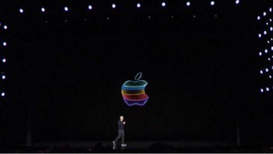 超180万用户在Youtube上观看苹果发布会直播。
